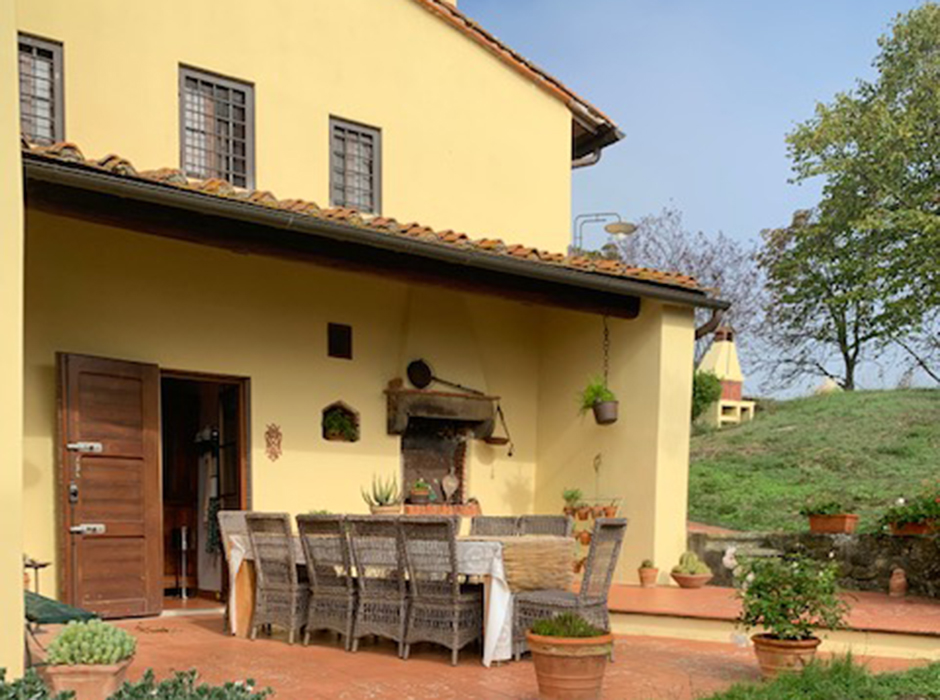 Large farmhouse for sale in Incisa Valdarno, Toscana